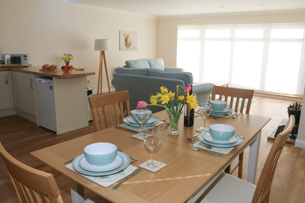 Holiday Cottage Dining Area